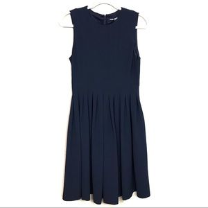 Karl Lagerfeld Navy Pleated Sleeveless Dress Sz 8